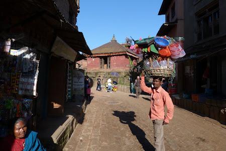 Cosul in cap in Bhaktapur