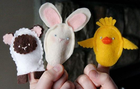 3-2010-EasterFingerPuppets-3-res_JR_product_main