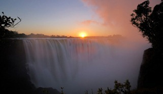 vic-falls-at-sunset