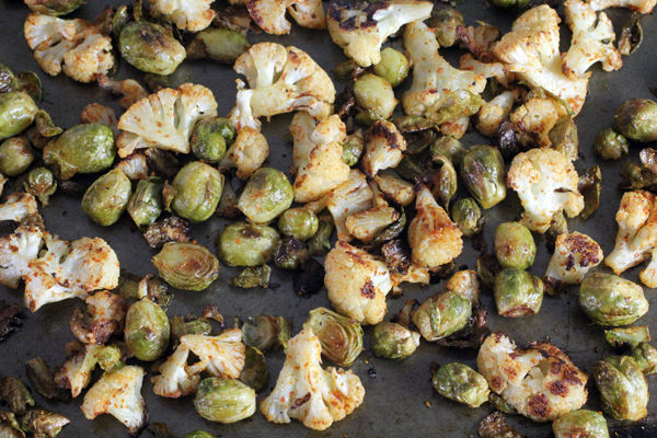 Curry Roasted Brussels Sprouts and Cauliflower Recipe