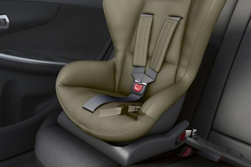 2014-Toyota-Corolla-ic-mekan-10.jpg