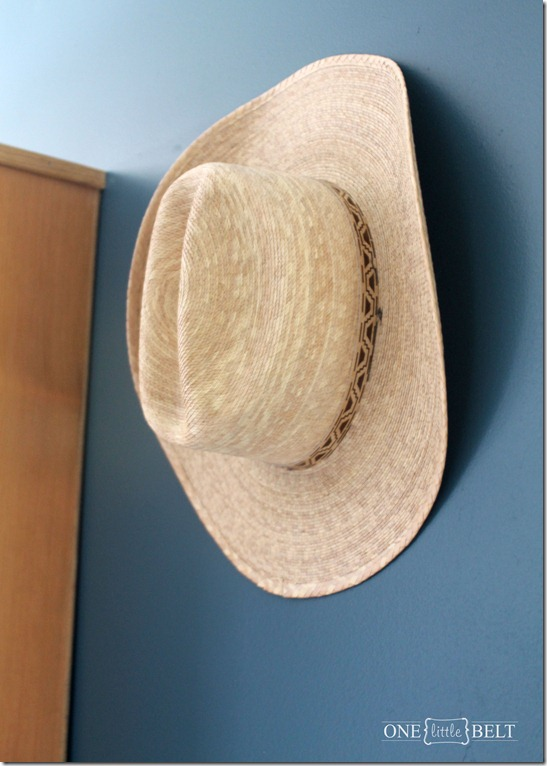 cowboy-hat-nursery-decor