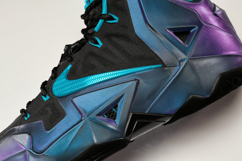 online store 64cb9 4fc0c NIKEiD LEBRON 11 Set to Debut on October 7th in 3 Options ...