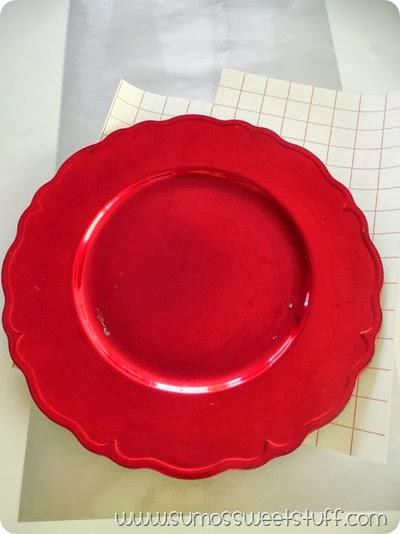 Santa Plate at SumosSweetStuff.com #christmas