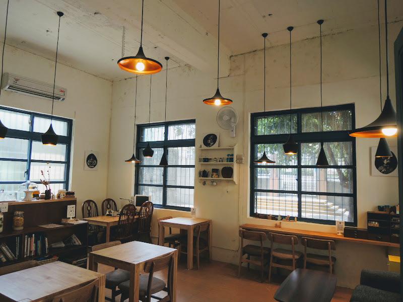 小學校分享工作室室內空間.jpg