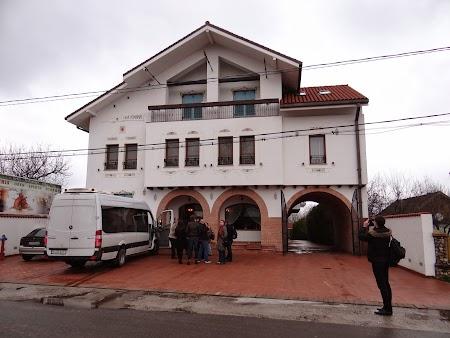01. Casa Comana.JPG