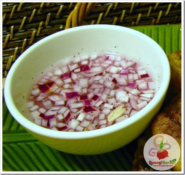 Red onion & garlic vinegar dipping sauce© BUSOG! SARAP! 2010