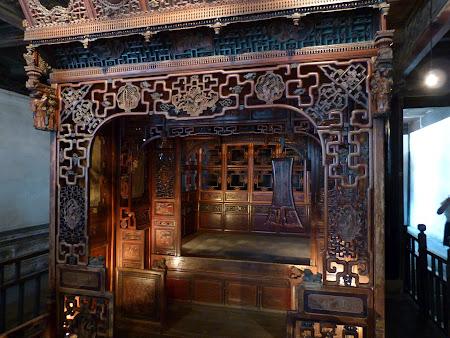 Traditii orientale: paturi ornate in China