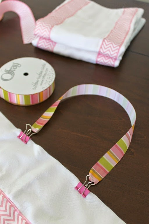baby bib clip with ribbon