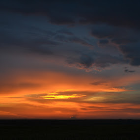 nightshift by Rux Georgescu - Landscapes Sunsets & Sunrises ( clouds, sunset )