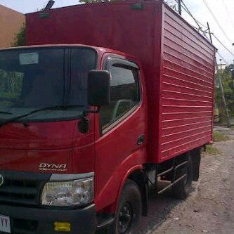 sewa mobil truk box Jogja di Mitatrans Yogyakarta