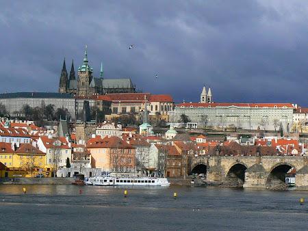 Obiective turistice Praga:  Castelul Hradcany