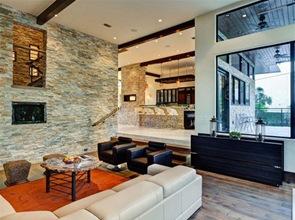 revestimiento-pared-interior-casa-con-piedra-vista
