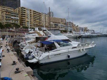 04. Yahturi in portul Monaco.JPG