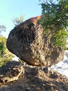 watu kendil magelang