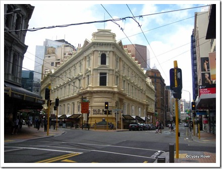 Corner of Willis St and Lambton Quay with the old BNZ building, now a shopping centre.