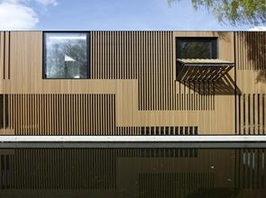 fachadas-modernas-Casa-sobre-el-agua