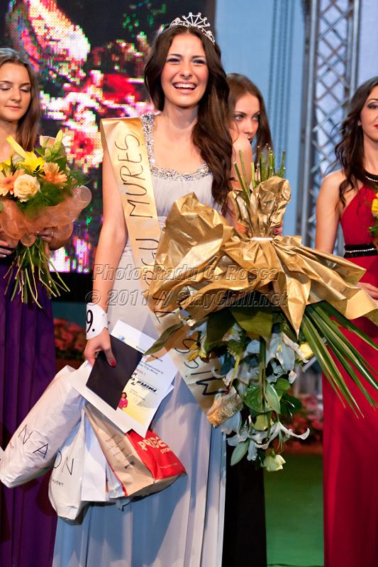 Laura Crisan castiga titlul de Miss Tirgu Mures pe data de 23 mai 2011