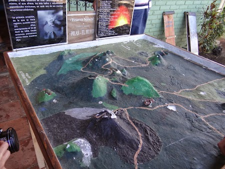 08. Harta zona vulcani.JPG