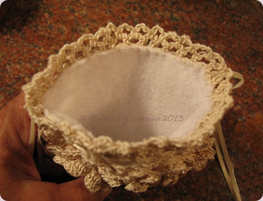 09-12-ecru-purse- inside