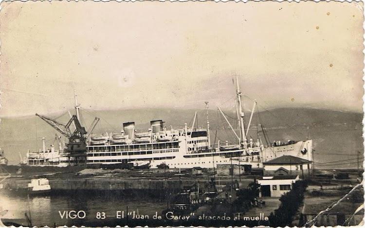 El JUAN DE GARAY atracado en Vigo. Colección Arturo Paniagua.jpg