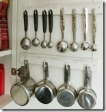 Measuring cups and spoons Organized