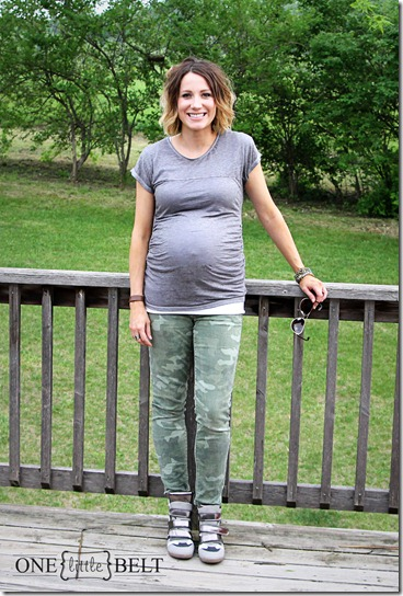 camo-wedge-sneakers-maternity-style2