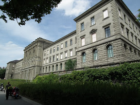 082 - Universidad de Zurich.JPG