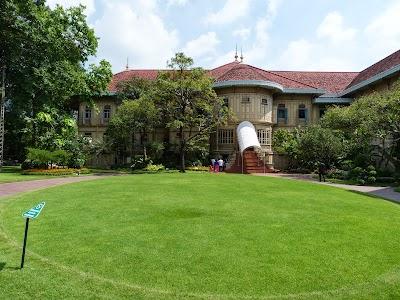 Obiective turistice Bangkok: Palatul Regal Vinamek