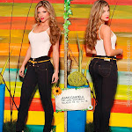 Angelica Jaramillo y Sofia Jaramillo Modelando D'Axxys Jeans Foto 29