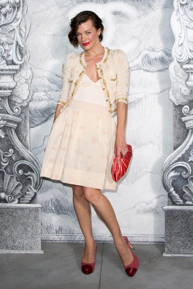 Milla Jovovich Chanel Photocall Paris Fashion