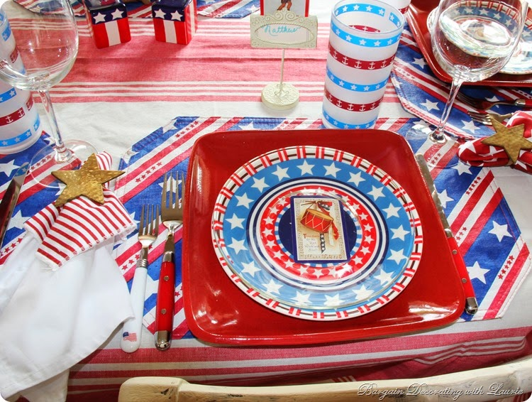4th of July Table 2a
