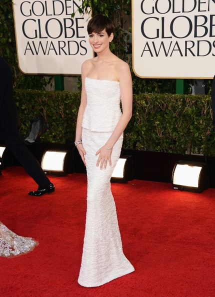 Anne Hathaway arrives at the 70th Annual Golden Globe Awards