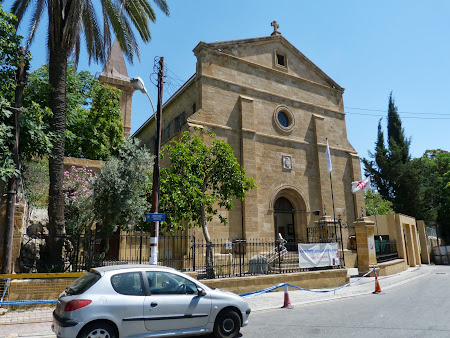 Obiective turistice Nicosia: Catedrala catolica