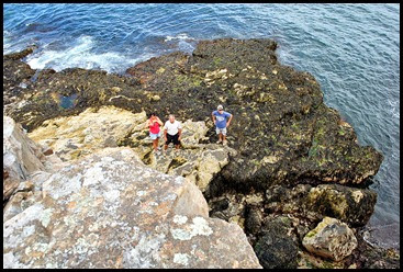 02e - Schooner Head Overlook - Tricia, Bill, Dan climbed down to Sea Cave Entrance