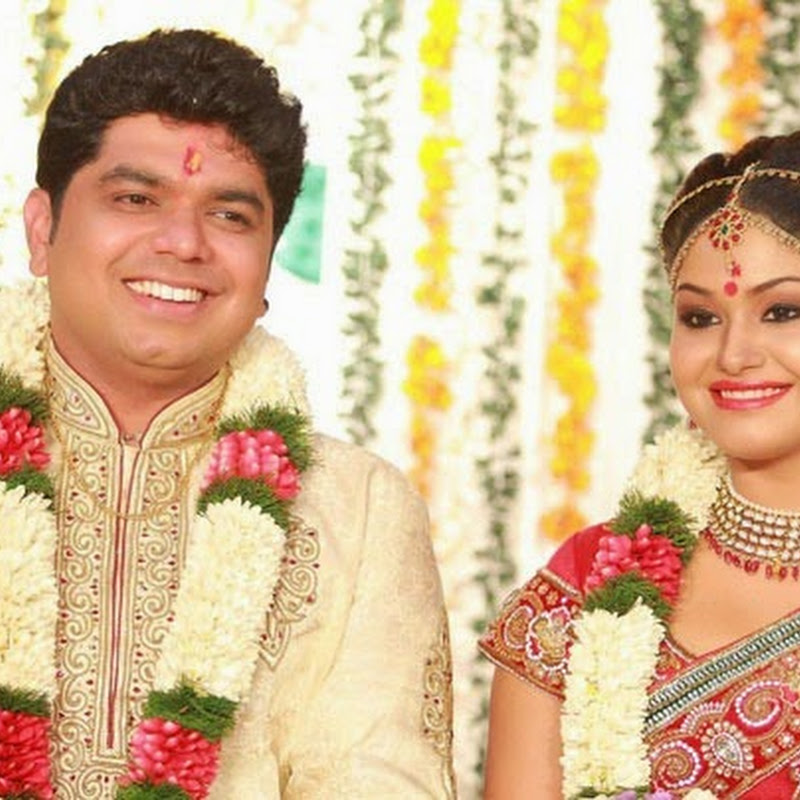 Actress Shritha Sivadas gets married to Deepak Nambiar