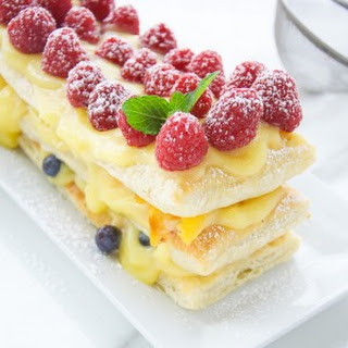 Berries And Peach Pudding Tart.