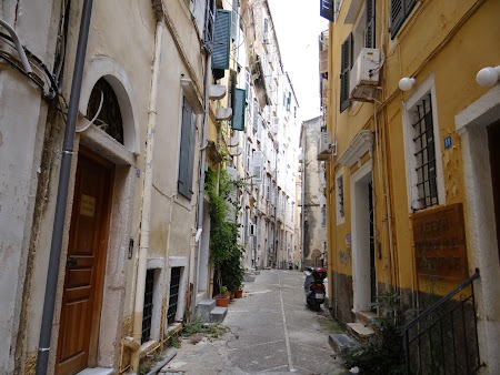 18. Strazile din Corfu.JPG