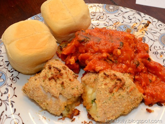 mozzarella and basil stuffed chicken with red sauce