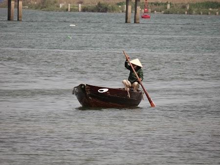 07. Cu barca in Hoian.JPG