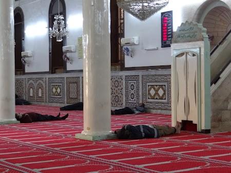 19. Moscheea Huseyn.JPG