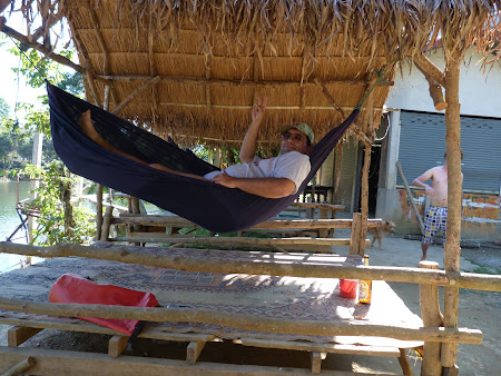 Odihna Laos: relax in hamac.