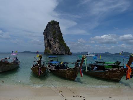 4 Islands Tour: Poda Island