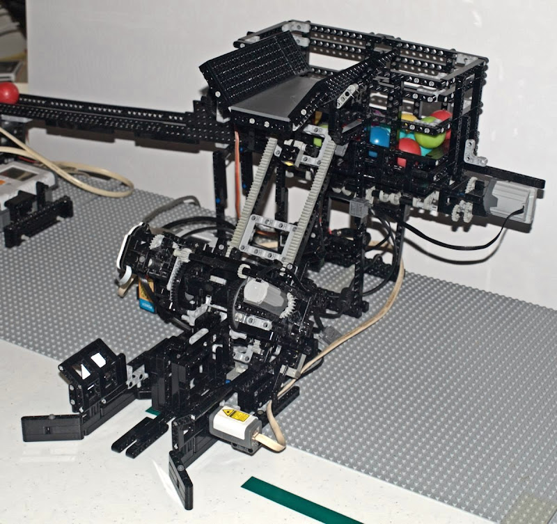 Robotcnet Forums View Topic Nxt Bin Emptying Robot Mindsensors