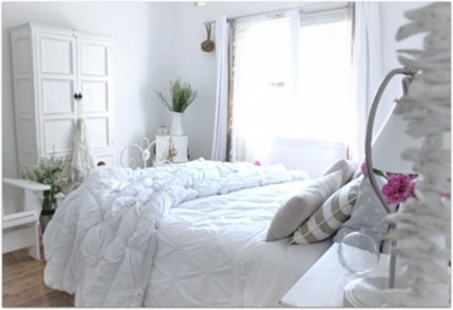 white-bedroom-455x304