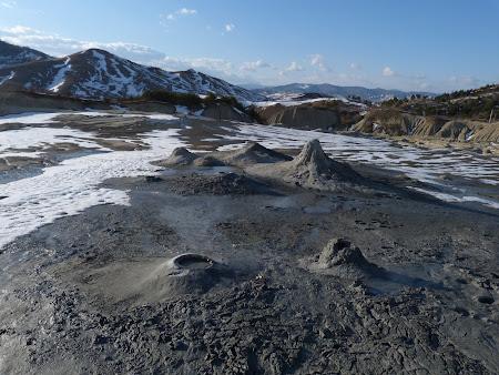 Obiective naturala Romania: Vulcanii Noroiosi