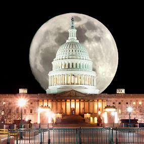 US Capitol at Night by Robert Gallucci - Buildings & Architecture Public & Historical