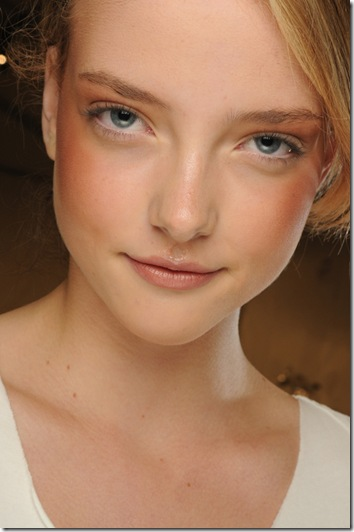 NARS_Timo Weiland_SS12_Model