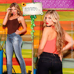 Angelica Jaramillo y Sofia Jaramillo Modelando D'Axxys Jeans Foto 32