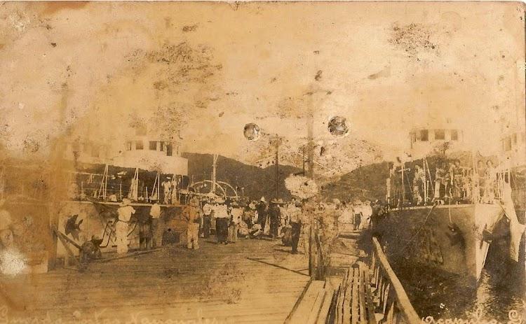 G23 y G22 en Acapulco. Flickr. Pagina de Eduardo Francisco Vazquez.jpg